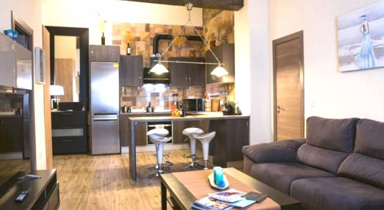 Commercial - Apartment - Valencia