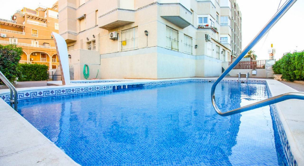 Sale - Apartment - Torrevieja - Lomas del Mar